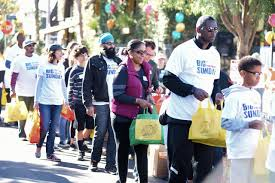 12 ways to give back on thanksgiving in the city of