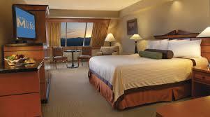 las vegas home decor simple luxor hotel las vegas pyramid deluxe room home design ideas
