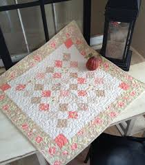 quilted square table toppers mini charm square table topper craftsy pinnys pinterest