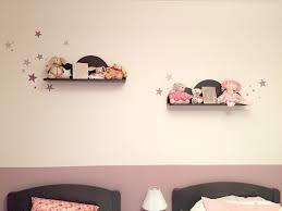 etagere chambre bebe décoration chambre fille les activités de maman