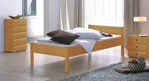 Schlafzimmer Betten Rund Hohes Bettgestell Fantastisch Schlafzimmer Betten 200x200 Bett X