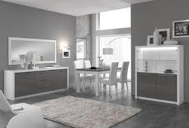 cuisine noir et gris cuisine noir et blanc laqu awesome rnovation dco cuisine laque