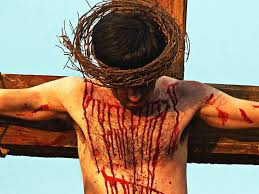 pictures of jesus on the cross bleeding holy pictures of jesus
