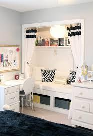 canapé lit pour chambre d ado chambre ado décoration chambre ado fille en noir et blanc canapé