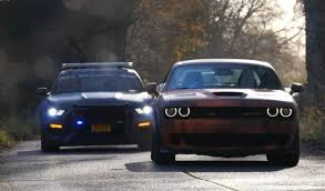 dodge challenger vs ford mustang dodge challenger hellcat vs ford mustang gt350