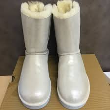 ugg bailey bow sale size 7 authentic ugg australia s bailey bow bling i do white