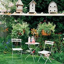 recycled crafts turning clutter into creative garden