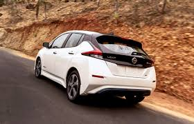 nissan leaf what car nissan u0027s 2018 leaf offers 150 miles of range for 30 000 wired