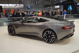aston martin rapide shows its file aston martin vanquish tył msp15 jpg wikimedia commons