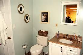 apartment bathroom decorating ideas on a budget bathroom small apartment bathroom decorating ideas diy on a budget