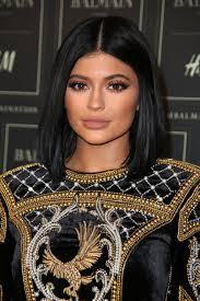 Kardashian Family Halloween Costumes Guess The Kardashian Jenner Smoky Eyes Glamour