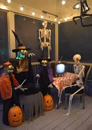Halloween Skeletons by How To Decorate Your Back Porch For A Halloween Skeleton Party