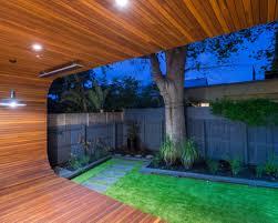 modern backyard design small modern backyard ideas pictures