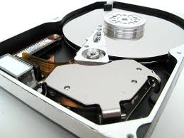 reliability study tracks 25 000 hard drives the tech report