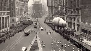 vintage photos of the macy s thanksgiving day parade in nyc