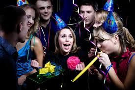15 amazing 15th birthday party ideas enkiverywell