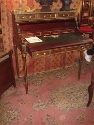 bureau en acajou bureau en acajou milieu du xixe siècle la fontaine du temps