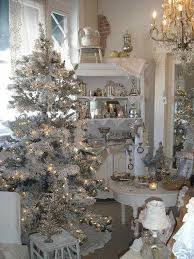 tips for decorating the house for christmas