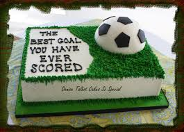 soccer cake best 25 football pitch cake ideas on football pitch