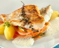 cuisiner filet de julienne julienne de légumes et poisson blanc recette de julienne de