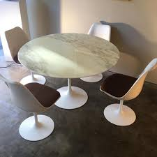 vintage table by eero saarinen for knoll for sale at pamono