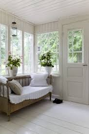 white wooden daybed foter