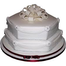 wedding cake nottingham burgundy drape wedding birthday cake london