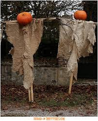Homemade Scarecrow Decoration I Want To Make A Scarecrow And Put It On The Porch This Is Hill