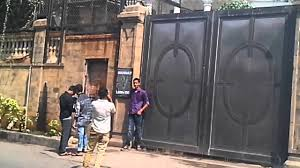 mannat banglow of shahrukh khan in band stand youtube