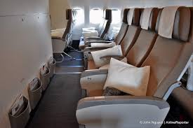 plan si es boeing 777 300er air bulkhead row 40 seats on swiss s 777 300er economy class