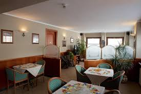 hotel du glacier la thuile italy booking com