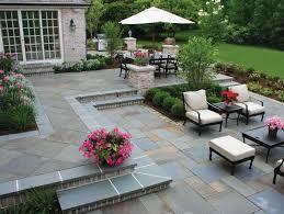 Backyard Flagstone Patio Ideas by Backyard Stone Patio Designs 25 Best Ideas About Stone Patios On