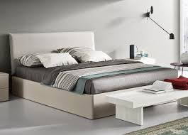 Super King Bed Size 20 King Size Bed Design To Beautify Your Couple U0027s Bedroom Hgnv Com