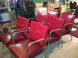 Salon Waiting Chairs Cost To Deliver A 6 Vintage Salon Barber Waiting Room Chairs