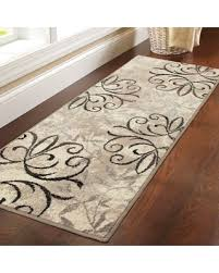 don t miss this deal and gardens iron fleur runner rug
