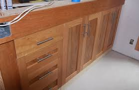 Handles For Cabinets For Kitchen Kitchen Cabinets Knobs Or Handles