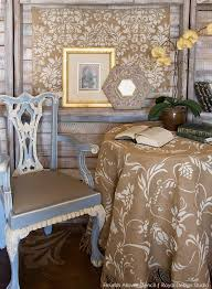 how to stencil burlap tablecloths hometalk
