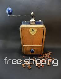 peugeot cuisine moulin à café peugeot ées 50 bleu et bois vintage machine