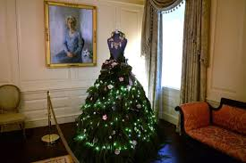 christmas decorations at the white house in washington dc in