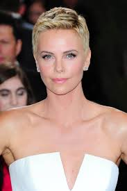 Short Shaved Hairstyles For Girls by Hairstyles For Round Faces The Best Celebrity Styles To Inspire You