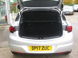 vauxhall mokka trunk used sovereign silver metallic vauxhall astra for sale lincolnshire