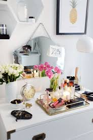 How To Decorate Your Bathroom by Best 10 Vanity Decor Ideas On Pinterest Vanity Room Makeup