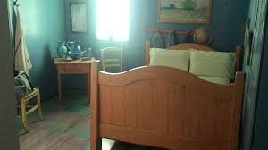 no starry night but a comfy double bed in van gogh s bedroom in no starry night but a comfy double bed in van gogh s bedroom in chicago chicago tribune