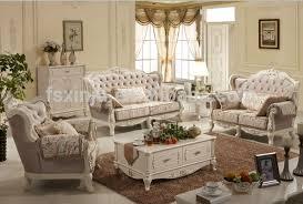canap classique salon classique great idee deco salon classique canape en cuir
