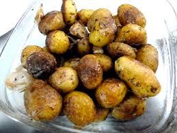 comment cuisiner les pommes de terre grenaille pommes de terre grenaille a l ail recette de cuisine alcaline