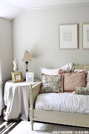 benjamin moore u0027s edgecomb gray is the wall color paint colors