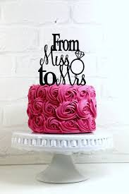 wedding cake m s best 25 bachelorette party cakes ideas on