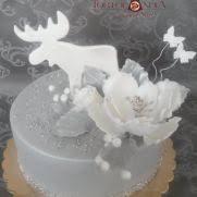 Classy Christmas Cake Decoration by Deer Cake 290 Cakes Cakesdecor