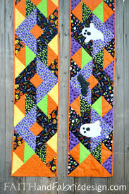 halloween table runners the 37 best images about halloween table runner on pinterest