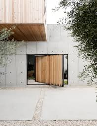 concrete box house influenced by japanese design